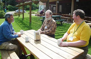 Three Friends - time to connect in the Sun at Western Half Yearly Meeting